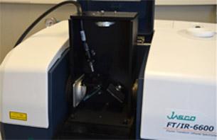 Accessoire liquide horizontale pour fibre optique UV